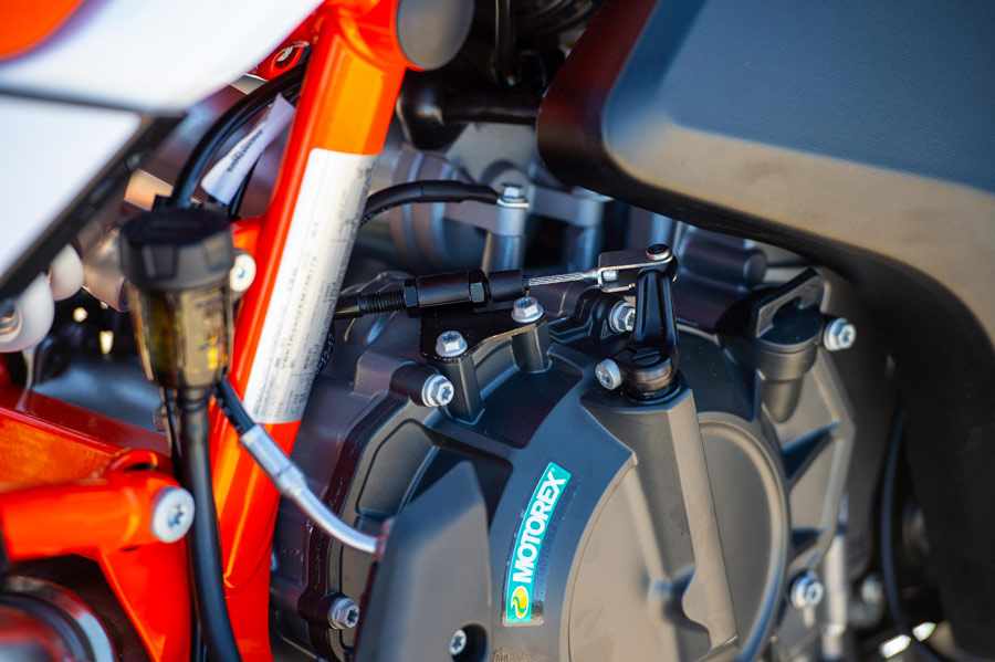 ktm 790 adventure r review details 07