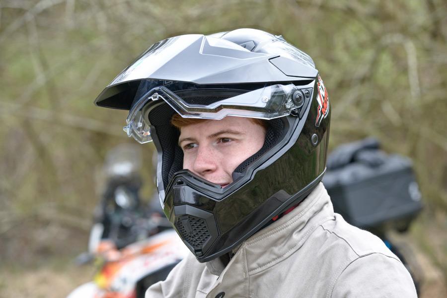 agv ax9 helmet review 3